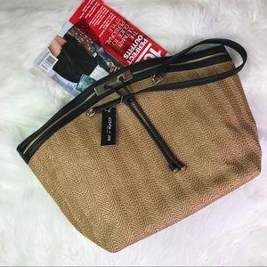 Olivia + Joy Handbag, Authentic. Roomy Bag